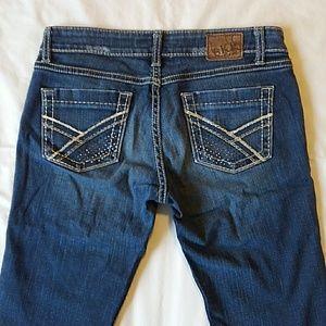 BKE Sabrina stretch blue jeans 27 X 33.5